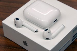 Зафиксирован случай взрыва наушников AirPods от Apple