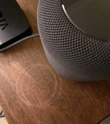 Колонка Apple HomePod портит своим владельцам мебель