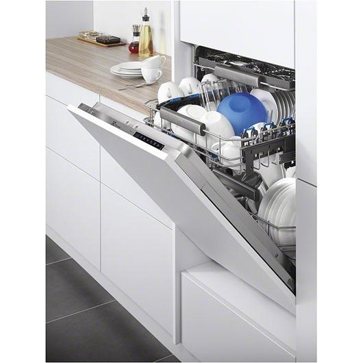Посудомоечная машина Electrolux RealLife