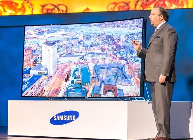 Концептуальная модель 85-дюймового телевизора Bendable TV