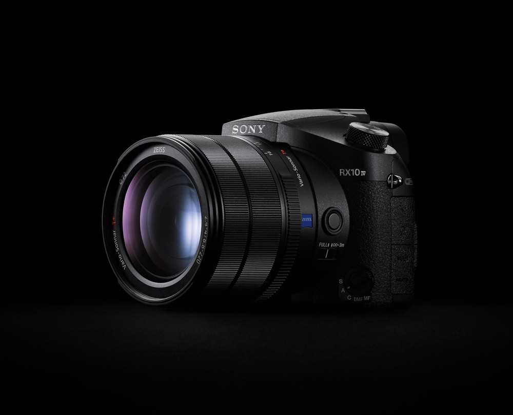Фотокамера SONY Cyber Shot RX10 IV