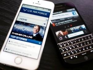Военные летчики США cменят мобильные телефоны