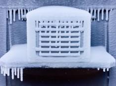 Ледяная шуба на кондиционере