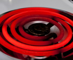 Что делать, если конфорка электрической плиты не греет?