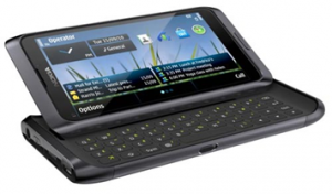 Nokia E7 поступит в продажу в России весной