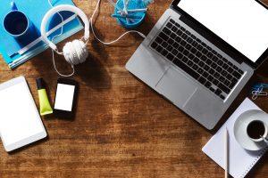 Что лучше приобрести: компьютер или ноутбук?