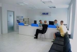 В Москве и Санкт-Петербурге открылись сервисные центры ASUS Премиум