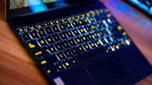 Ноутбук ASUS ZenBook 3 – умен и вызывающе красив