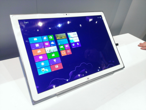 20-дюймовый планшет Panasonic на базе Windows 8
