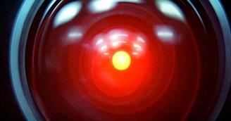 Компьютер HAL 9000 из фильма по произведению «Космическая одиссея» Артура Кларка