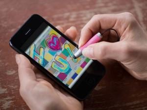 Wacom выпустила миниатюрный стилус для смартфонов и планшетов